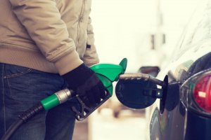 Americans Take Advantage of Lower Gas Prices to Pay off Debt