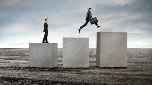 8 Tips to Advance Your Career Fast